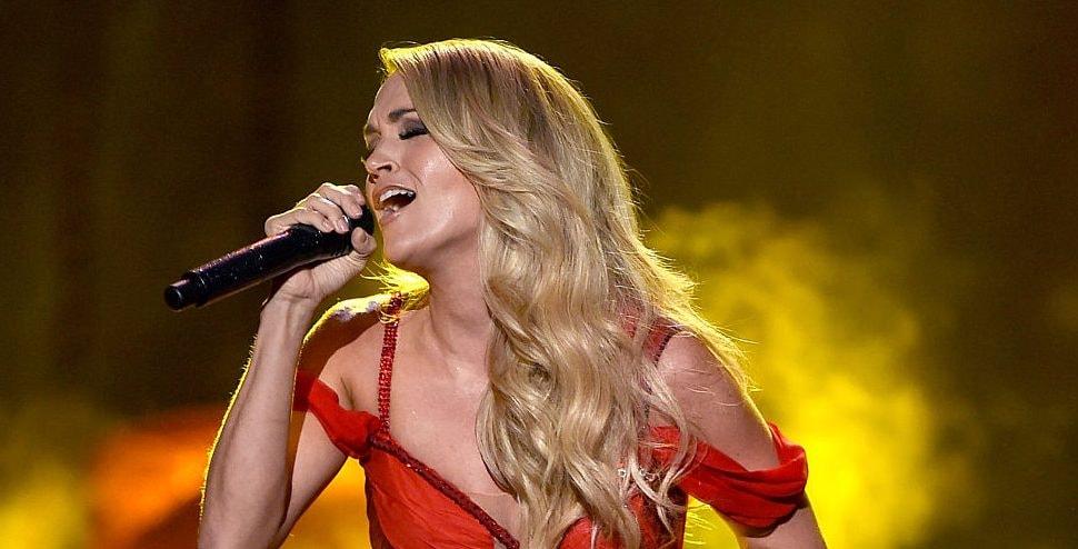 Carrie Underwood Looks Stunning In New Sunday Night Football Teaser