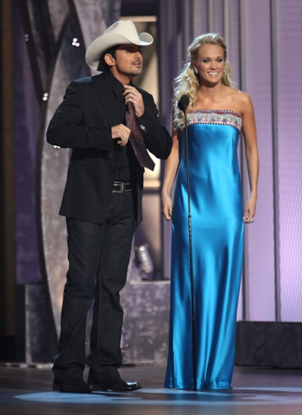 NASHVILLE, TN - NOVEMBER 12:  Musician Brad Paisley and singer Carrie Underwood appear on stage during the 42nd Annual CMA Awards at the Sommet Center on November 12, 2008 in Nashville, Tennessee.  (Photo by Scott Gries/Getty Images)