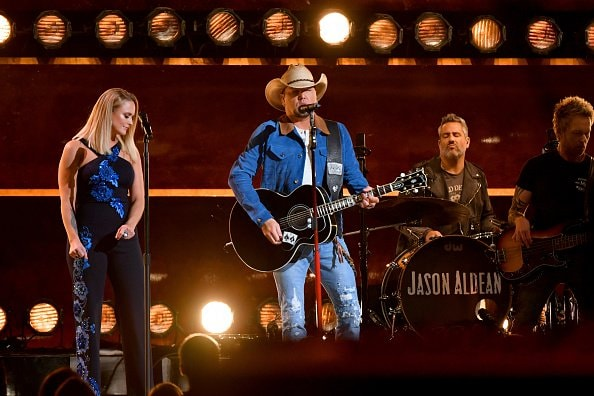 Miranda Lambert and Jason Aldean perform onstage during the 52nd annual CMA Awards at the Bridgestone Arena on November 14, 2018 in Nashville, Tennessee.  (Photo by Michael Loccisano/Getty Images)