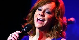 Reba Moves Arena Tour to 2021
